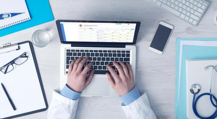 Sistema médico gratuito: descubra os prós e contras