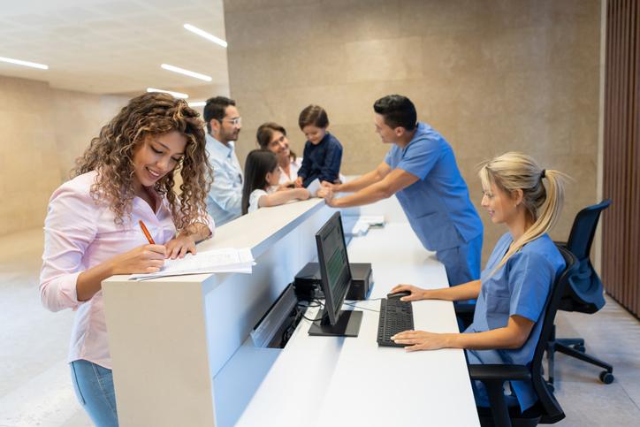 Confira dicas de como reduzir as faltas em consultas médicas